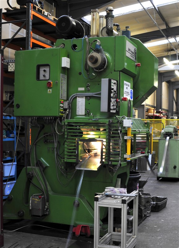 sheet metal presswork machine