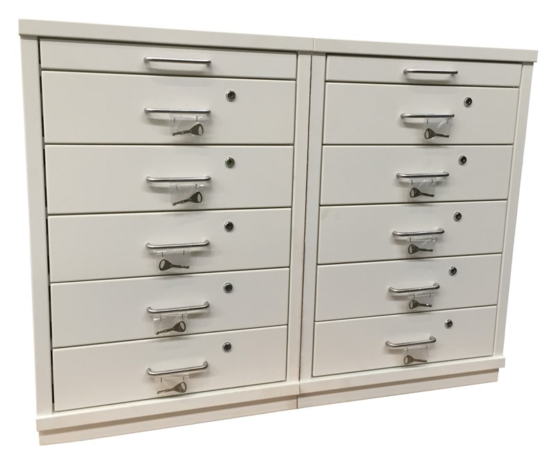 Ref: 0061 - 10 draw cabinet + retractable work surface