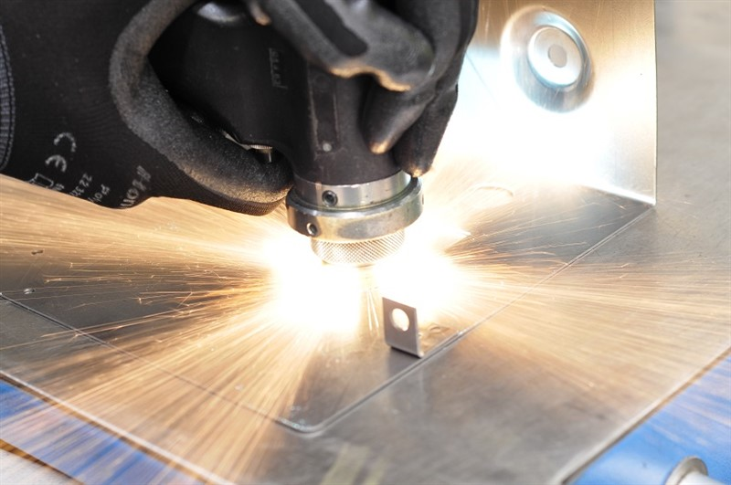 Studs Bushes Amp Inserts For Metal Fabrication A Amp R