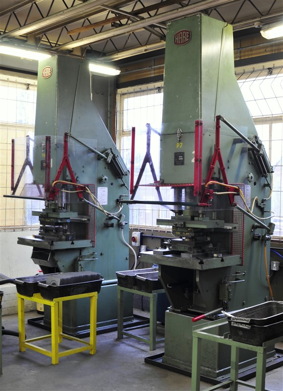 sheet metal presswork machine